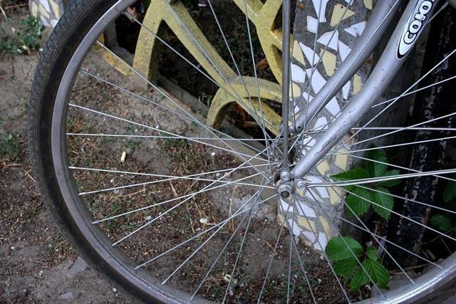 На глазах у сочинца с балкона его квартиры украли велосипед