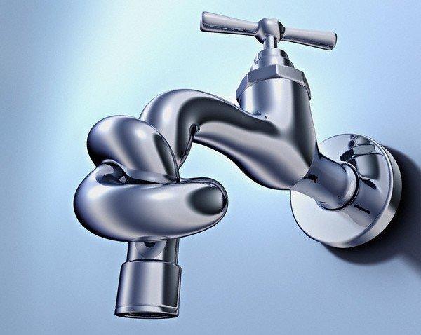 Порыв водопровода оставил многих жителей станицы Старотитаровская без воды
