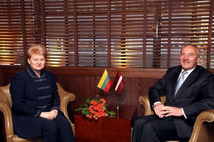 Президенты Латвии и Литвы повздорили из-за России